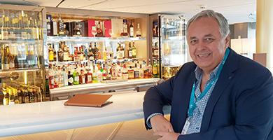 Luxus bor- és italválaszték a Crystal Ravel folyami hajón