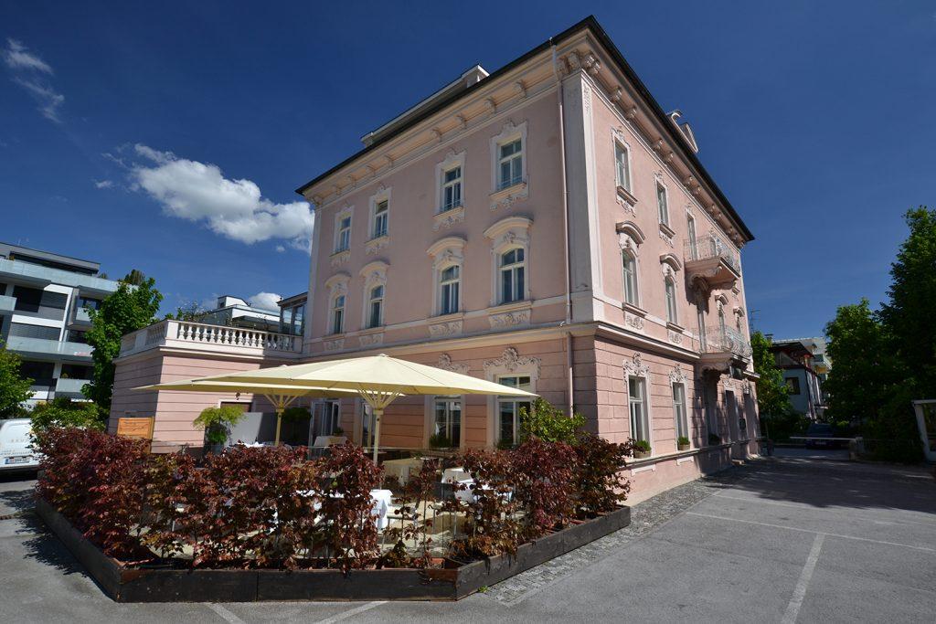 Kulináris élmény a salzburgi Ceconi Villában a Brunnauer étteremben!