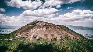 Európa első vulkanikus csúcstalálkozóját rendezik meg Budapesten az Advent első hétvégéjén!